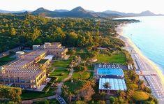 Hotel La Villa del Re - Luxury Hotel in Costa Rei, South Sardinia Tourist Center, Superior Room, Chromotherapy, Hotel Guest, Double Room, Sardinia, 5 Star Hotels, Costa, Swimming Pools