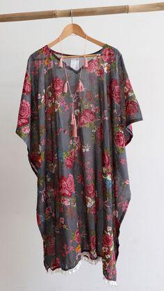 d1241b869eedd Unique Vintage, Vintage Floral, Plus Size Womens Clothing, Clothes For  Women, Plus. KOBOMO