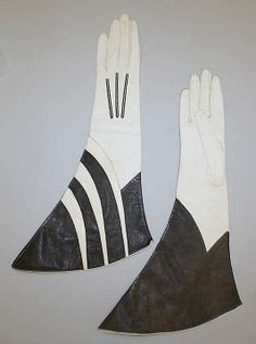 """Leather gloves, French, 1940's. Label: """"Douane/Exportation/(illegible) Trace"""""""