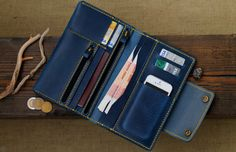 Blue Denim Jeans and Wallet Leather Purses, Leather Wallet, Diy Leather Projects, Rfid Wallet, Men Wallet, Leather Accessories, Leather Men, Leather Jackets, Pink Leather