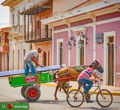 http://OkGranada.com  @mistr.kay: #StreetScene #Granada #Nicaragua #ILoveGranada #AmoGranada #Travel #CentralAmerica