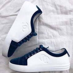 Golf Shoes Kids Size 6 Golf Shoes That Look Like Grass Source by shoes Golf Shoes, Sports Shoes, Kid Shoes, Cute Shoes, Chanel Sneakers, Sneakers Mode, Shoes Sneakers, Mens Fashion Shoes, Sneakers Fashion
