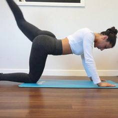 """2,838 Likes, 16 Comments - Workout Videos (@gymgirlvids) on Instagram: """"Vid by: @krissycela Much needed vid for you ladies """"Glute activation"""" if you want them gems to look…"""""""
