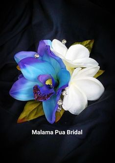 """Custom Tropical silk hair clip featuring double """"Maui Blue"""" orchids and Hawaiian white plumeria each with Swarovski Crystal centers. Silk Orchids, Blue Orchids, Silk Flowers, Beach Wedding Hair, Wedding Hair Clips, Flower Hair Pieces, Flower Hair Clips, Beach Flower Girls, Bridal Hair Flowers"""