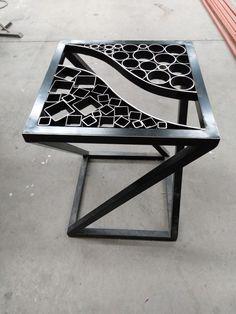 Welded Furniture, Industrial Design Furniture, Iron Furniture, Steel Furniture, Furniture Design, Steel Art, Wood Steel, Wood And Metal, Metal Art Projects