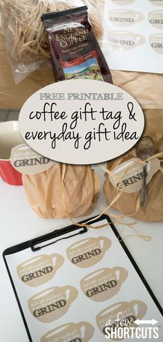 Pay it forward with this FREE Printable Coffee Gift Tag and Everyday Gift Idea gift packaging Free Printable Coffee Gift Tag & Everyday Gift Idea Coffee Gift Baskets, Coffee Lover Gifts, Coffee Lovers, Coffee Label, Coffee Packaging, Gift Packaging, Free Printable Gift Tags, Printable Stickers, Free Printables