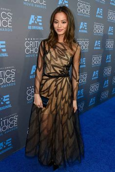 All The Looks From The 2015 Critics' Choice Awards