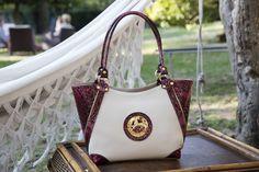 Comece a semana com uma mala da nova coleção! Start this week with a Cavalinho handbag from the new collection! Ref: 1100075  #cavalinho #cavalinhoficial