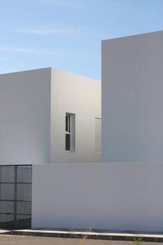 Casa RG by Estudio Arquitectura Hago