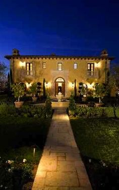 Italian Villa . . ... substitute flat roof for an angled one and this would be amazing... #yellowlights