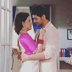 Love track between Ranveer & Ishani was just awesome..never seen this kind of chemistry before <3 {@shaktiarora @radhikamadan}  #ShaktiArora #RadhikaMadan #Shadhika #Ishveer #Ranveer #Ishani #MeriAashiqui #RV