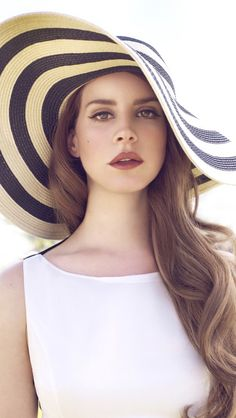 My Queen, Lana Del Rey. She's so perfect, it's insane...