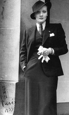 Marlene Dietrich in Paris, 1933. Photo by her lover Mercedes De Acosta. Promotional studio image.