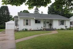 1327 Hawthorne Ave  Janesville , WI  53545  - $129,900  #JanesvilleWI #JanesvilleWIRealEstate Click for more pics