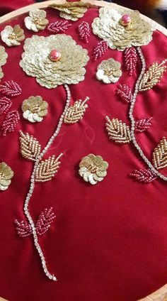Bead Embroidery Tutorial, Border Embroidery Designs, Bead Embroidery Patterns, Embroidery Works, Embroidery Patches, Beaded Embroidery, Abstract Embroidery, Hand Embroidery Dress, Couture Embroidery