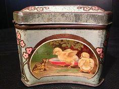 Scatola di latta - Anni 40 - Rappresentante galli galline e pulcini | eBay