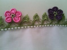 This Pin was discovered by Gül White Eyeliner, Needle Lace, Cheese Cloth, Crochet Doilies, Crochet Projects, Needlework, Diy And Crafts, Projects To Try, Sewing
