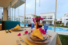 Delita Boutique Hotel's restaurant offers both indoor and outdoor dining areas and a rich menu featuring Mediterranean and Aegean specialities.