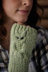 Résultats de recherche d'images pour « owl fingerless gloves knitting pattern free »