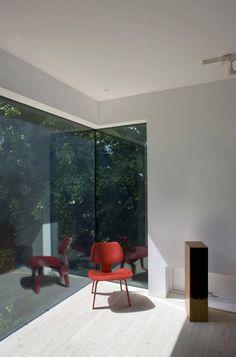corner window • light!