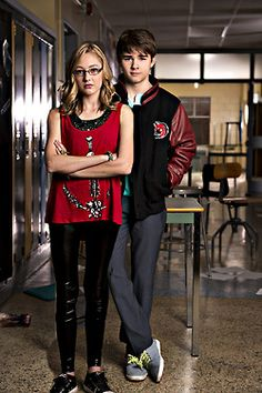 Olivia Scriven and Dylan Everett aka Maya Matlin and Cambell Saunders- Degrassi Degrassi Junior High, Dylan Everett, Degrassi The Next Generation, Tv Show Couples, Everything 1, First Boyfriend, Weekend Fun, Celebs, Celebrities