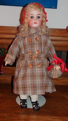 Simon & Halbig K * R Antique Doll