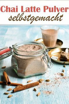 Chai latte tea powder homemade, vegan possible, just stir the powder into milk, heat and let the tea infuse. Super tasty, easy and quick. from the Thermomix Healthy Eating Tips, Healthy Foods To Eat, Healthy Recipes, Drink Recipes, Tea Recipes, Healthy Nutrition, Healthy Life, Chai Tee, Te Chai