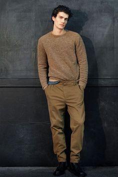 Men's brown sweater
