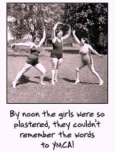 Humor Retro, Etsy Vintage, Happy Sisters, Funny Happy Birthday Pictures, Happy Birthday Sister Funny, Funny Sister, Sister Humor, Happy Birthday Funny Humorous, Old Lady Humor