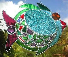 Google Image Result for http://www.accentonglass.com/i/Tropical_Design/Tropical_Fish_Sun_Catcher-.jpg