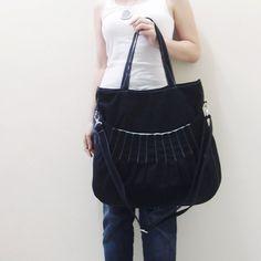 SALE 40% OFF Kangaroo Max in Black / Shoulder Bag / by Kinies