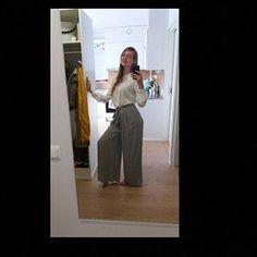 Green dress wool dress midi dress pleated dress fit and Linen Skirt, Linen Dresses, Skirt Pleated, Fitted Skirt, Gray Skirt, Long Wool Skirt, Wool Skirts, Moda Vintage, Vintage Skirt
