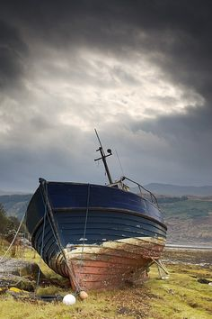 Boat | ボート | Bateau | лодка | Barca | Barco | Sailing | Navegación | セーリング | Départ | парусник | Vela | Boat On Shore, Loch Sunart, Scotland Photograph by John Short
