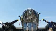 B-17  NOSE AND ENGINES