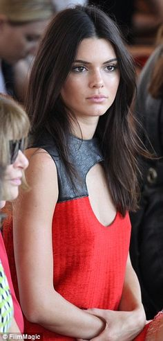Kendall Jenner shows off decolletage flashing lithe legs at NYFW #dailymail