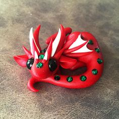 Red and Green Dragon von DragonsAndBeasties auf Etsy