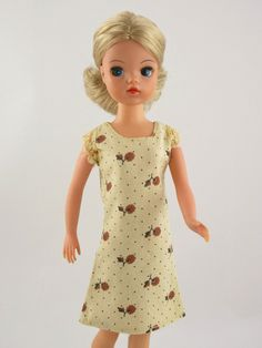 Sindy FUNTIME 1976 DRESS | No Doll | Vintage Pedigree Sindy | eBay Vintage Barbie, Vintage Dolls, Retro Vintage, Childhood Toys, Childhood Memories, Sindy Doll, Fur Wrap, Ol Days, Night Outfits