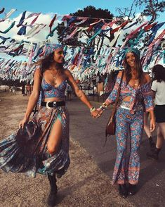 Festivals Outfit Ideas Collection for festivals outfit styles Festivals Outfit Ideas. Here is Festivals Outfit Ideas Collection for you. Festivals Outfit Ideas 39 hottest festival outfits for coachella are right . Coachella Festival, Hippie Festival, Festival Looks, Festival Stil, Music Festival Outfits, Music Festival Fashion, Rave Festival, Festival Wear, Fashion Music