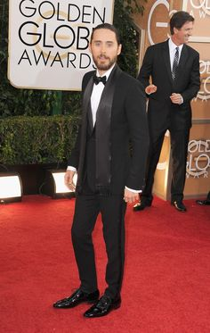Jared Leto working the cameras #goldenglobes
