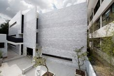 Image 1 of 21 from gallery of Koica Library / Solis Colomer Arquitectos. Photograph by Solis Colomer arquitectos Cultural Architecture, Architecture Details, Interior Architecture, Glazed Brick, Solis, Library Inspiration, Reading At Home, Large Windows, My Dream Home