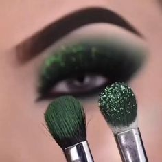 Smoke Eye Makeup, Makeup Eye Looks, Eye Makeup Steps, Eye Makeup Art, Skin Makeup, Basic Eye Makeup, Sexy Eye Makeup, Green Eyeshadow, Eyeshadow Looks