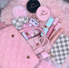 Pink Love, Cute Pink, Pretty In Pink, Pink Louis Vuitton Bag, Pink Wallpaper Girly, Baby Pink Aesthetic, Blue Aesthetic, Aesthetic Pictures, Aesthetic Clothes