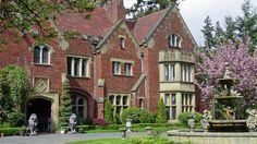 Resultado de imagem para mansões abandonadas e restauradas