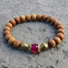 Pretty sandalwood and pink agate bracelet