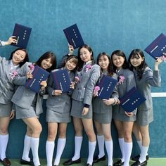 Cute Asian Girls, Pretty Girls, Kos, Asian Beauty, Mini Skirts, Style, Fashion, Swag, Moda