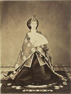 Empress Shoken, photo by Uchida Kuichi 1844-1875