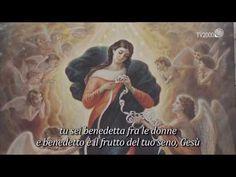 Vergine Maria che sciogli i nodi, Madre che non hai mai abbandonato un figliolo che grida aiuto, Madre le cui mani lavorano senza sosta...