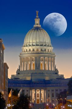 The Wisconsin State Capitol by moonlight