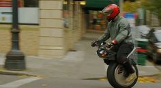 One-Wheeled Motorcycle Lets You Ride In Style - DesignTAXI.com
