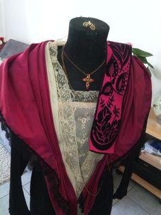 Costume arlésienne framboise